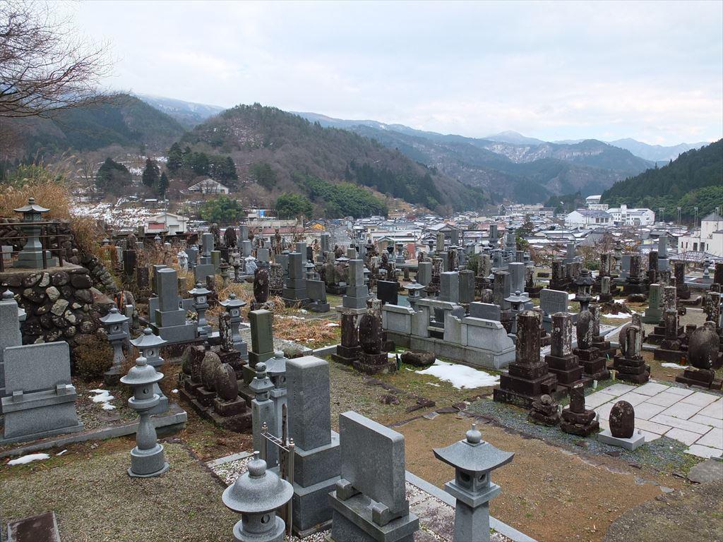 観音山墓園 中央部